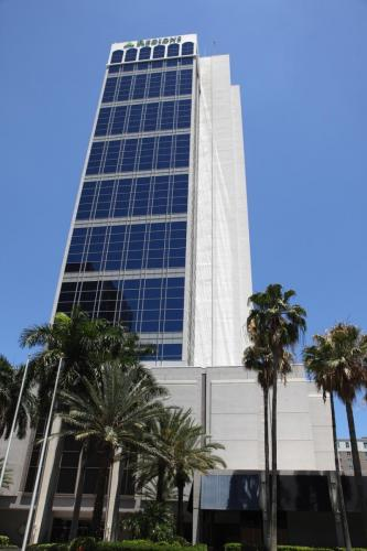 One Financial Plaza. Fort Lauderdale